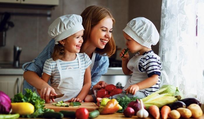 Các chỉ số tăng trưởng chiều cao và cân nặng của trẻ mẹ cần chú ý